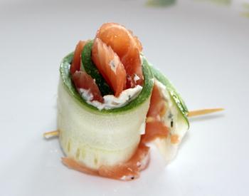 zucchini-salmon-rolls